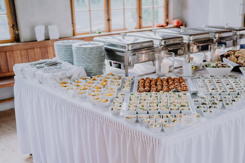 Fingerfood Buffet von BELLAN Catering Dresden für perfekte Firmenevents