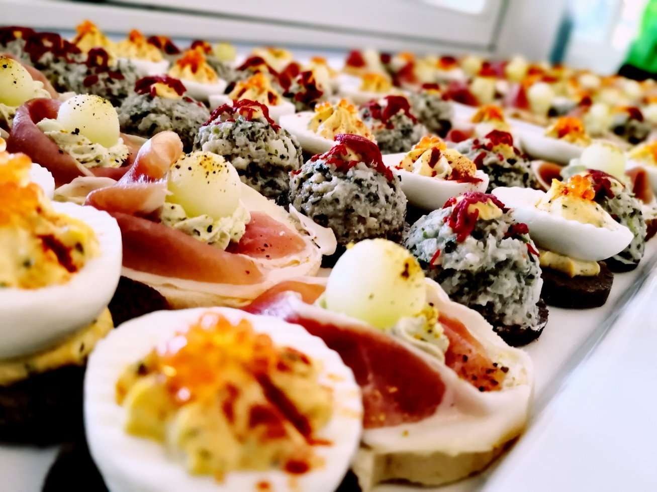 Fingerfood-Buffet-BELLAN-Catering-Dresden